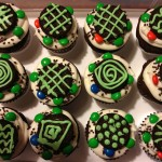 Turtle cupcakes with Oreos and M&Ms